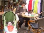 Écrire dans un café des Pyrénées.JPG